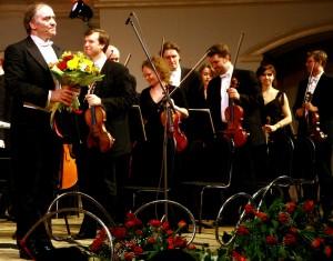 10 и 11 ноября на сцене Самарского академического театра оперы и балета трижды выступит Симфонический оркестр Мариинского театра под управлением Валерия Гергиева.