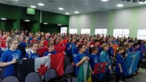 В Олимпиаде принимают участие 120 учеников 5-6-х классов из 23 регионов России, которые прошли конкурсный отбор.