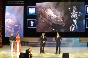 В торжественной церемонии награждения победителей конкурса приняло участие более 1000 человек. Вели церемонию Светлана Зейналова и Сергей Майоров.