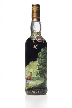 С аукциона ушла самая дорогая в мире бутылка виски