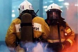 В Тольятти 95 человек тушили пожар на 250 метров Пламя вспыхнуло на складе.