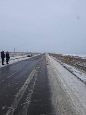 В Самарской области ищут водителя, который сбил женщину и уехал В результате происшествия женщина получила травму.