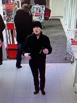 В Тольятти мужчина украл из магазина 10 маникюрных кусачек