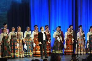 Государственный Волжский русский народный хор в Самаре представит программу «По-над Волгой заря занялась»