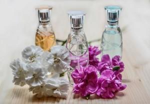 Угроза связана с тем, что с декабря 2019 года маркировка парфюмерии станет обязательной.