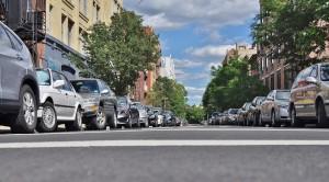 В Самаре уже более года действует норматив в 1 парковочное место на 1 квартиру. Теперь застройщики пошли в обход норматива, и это у них получилось.