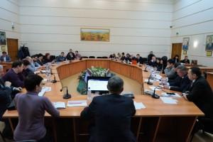 В Самарском государственном университете путей сообщения прошел круглый стол на тему «Перспективы развития грузовых железнодорожных перевозок и транспортно-логистических услуг».