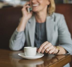 Расходы за отмену роуминга мобильные операторы могут перекинуть на плечи абонентов. Однако аналитики уверены, что на стоимости связи это отразится незначительно.