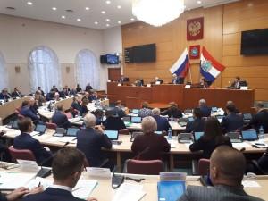 В Самаре проходит последнее в этом году пленарное заседание Губернской Думы.