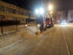 Владимир Василенко: «Для расчистки снега город готов привлекать максимально возможное количество ресурсов»