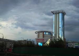 Официальный ввод ул. Луначарского в Самаре в эксплуатацию сейчас невозможен Там не завершено благоустройство.