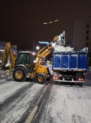 Все виды сезонных работ, связанных с уборкой снега на территории Самары, находятся на усиленном контроле.