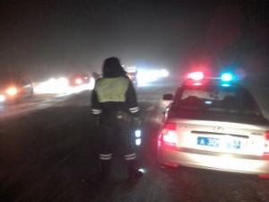 Серьёзных травм они не получили.  В настоящий момент движение на 104 километре автодороги «Подъезд к г. Оренбург от трассы М-5 «Урал»затруднено.