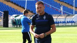 Главный тренер минского «Динамо» Сергей Гуренко покидает команду. У специалиста закончился контракт, и клуб решил его не продлевать.