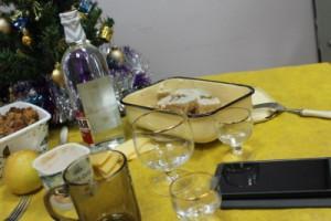 Гость, пришедший поздравить с праздником, похитил у сызранки телефон и убежал Женщина пыталась сама вернуть гаджет, но в итоге обратилась в полицию.