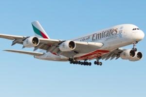 Отмечается, что в таких условиях другой самолёт — Airbus A320 — даже не стал пытаться сесть и улетел в соседний аэропорт.