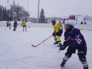 В Самаре в городских соревнований по хоккею «Золотая шайба» участвуют 24 команды