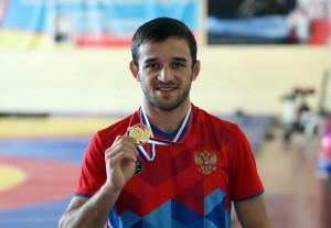 В соревнованиях приняли участие ведущие борцы греко-римского стиля - более 250 спортсменов из 49 регионов России.
