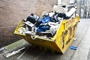 Снижение тарифа на вывоз коммунальных отходов можно обеспечить за счет раздельного сбора мусора, считают в министерстве.