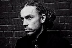 Названа причина смерти Децла Известный рэпер скончался от остановки сердца после концерта в Ижевске.