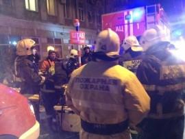 При тушении пожара на ул. Ленинградская в Самаре эвакуировали 30 человек