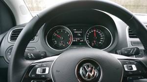 На первом месте оказался Volkswagen Polo, являющийся одним из самых востребованных в России.