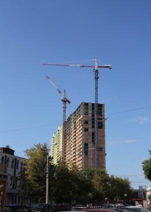 Самарская область в тройке лидеров по ПФО по объему ввода в эксплуатацию жилых домов   Такие данные получены по итогам 12 месяцев 2018 года.