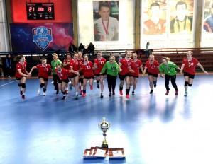 В Астрахани завершился финальный этап первенства России по гандболу среди девушек. В турнире принимали участие сильнейшие команды страны в возрасте до 17 лет.