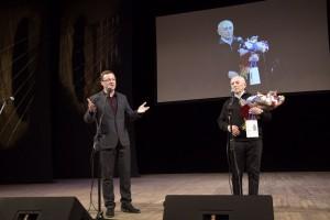 В Самарской филармонии сегодня собрались исполнители и поклонники авторской песни со всей России и стран ближнего зарубежья.