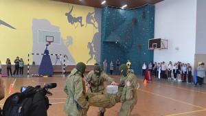 Бригада управления 2-й армии провела в самарской школе крупную военно-патриотическую акцию