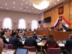 Сегодня проходит 36-е заседание Самарской Губернской Думы На повестке - важнейшие вопросы, в том числе - внесение изменений в региональный бюджет.