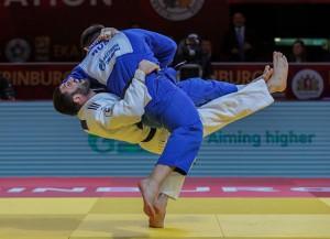 В соревнованиях участвовали 378 спортсменов из 48 стран.