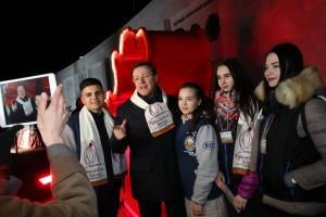 Самарские студенты-волонтеры показали губернатору праздничные площадки, посвящённые дружбе СО и Крыма.