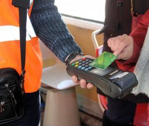 Сбербанк: более 1 млн поездок на общественном транспорте Самары были оплачены банковскими картами с начала 2019 года