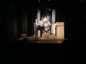 Цель Акции – сохранение культурных традиций и создание новых. В 2019 году событие было приурочено к Году Театра в России и позволило объединить за просмотром спектаклей представителей разных поколений.