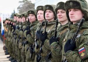 Начались тренировки пеших колонн в которых пройдут более 1,8 тыс. военнослужащих Центрального военного округа и сотрудников правоохранительных органов.