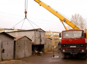 В Администрации Кировского района обновили информацию о планах по демонтажу самовольно установленных объектов.