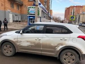 В Самаре на ул. Буянова иномарка сбила школьника на самокате Ребенок получил перелом.