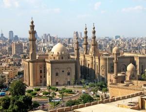 Столица Египта Каир занял первое место в списке. Все перечисленные расходы за один день пребывания в этом городе могут уложиться в 48 евро (это 3500 рублей).