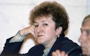 В деле об убийстве депутата Галины Старовойтовой появился еще один фигурант — лидер тамбовской ОПГ Владимир Барсуков, которого следствие считает соорганизатором убийства.