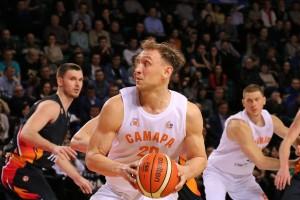 Сегодня в Самаре начнется первый матч 12 финала баскетбольной суперлиги
