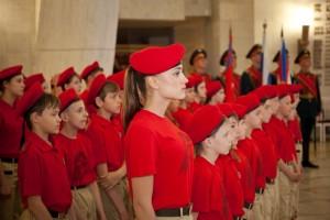 Что станет самым масштабным коллективным принятием школьниками Самарской области юнармейской присяги (около 400 школьников).