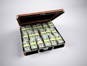 Предприниматель пошел в банк, чтобы снять со счета часть средств.