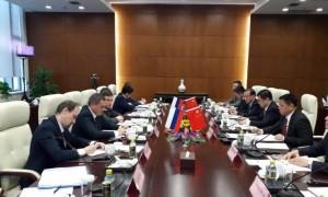 За относительно небольшой период состоялись десятки двусторонних деловых визитов и встреч различного уровня, что соответствует характеру стратегического партнерства между нашими государствами».