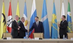 Игорь Комаров отметил высокий профессиональный уровень Сергея Валенкова в решении задач, связанных с реализацией поручений и инициатив Президента Российской Федерации.