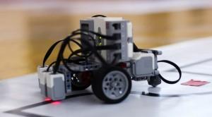 В робототехнических соревнованиях сразятся школьники и студенты.