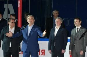 Легендарный Владислав Третьяк открыл в Тольятти турнир юных хоккеистов