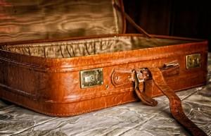 Роскачество разработало советы по выбору чемодана В первую очередь нужно обратить внимание на то, из какого материала изготовлен чемодан.