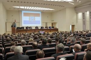 Руководители министерств и ведомств, главы городов и муниципальных районов обсудили актуальные вопросы развития МСУ и поддержки общественных инициатив.