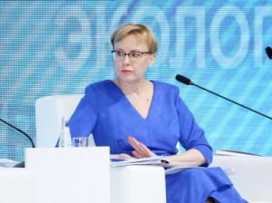 Дмитрий Азаров подчеркнул, что она обладает большим опытом работы и успешно справится с решением стоящих перед Ассоциацией задач.